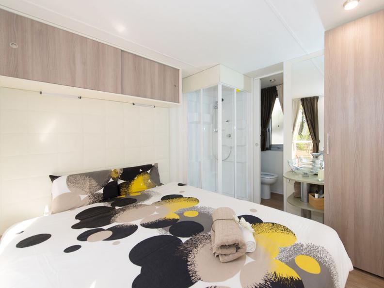Image 4 - Miralago Camping & Palmbeach-Resort