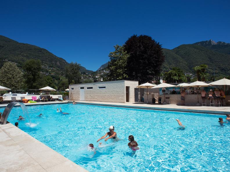 Image 1 - Miralago Camping & Palmbeach-Resort