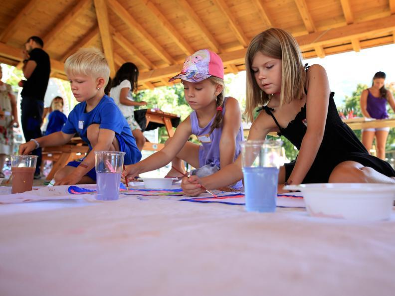 Image 4 - Camping Tamaro Resort