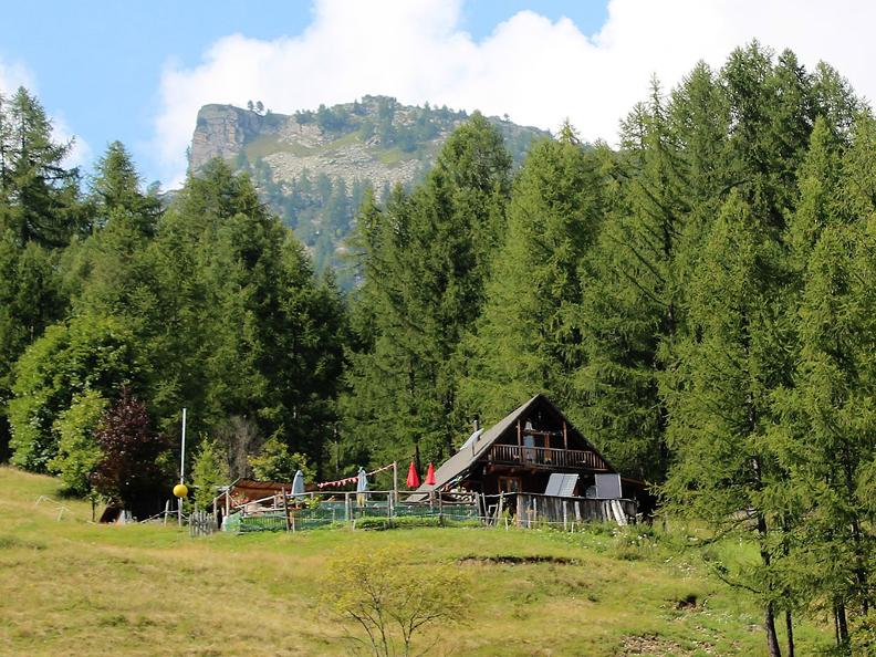 Image 0 - Mountain hut La Reggia