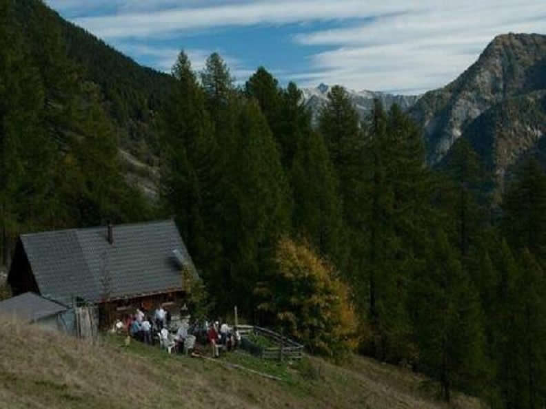 Image 0 - Mountain hut La Reggia