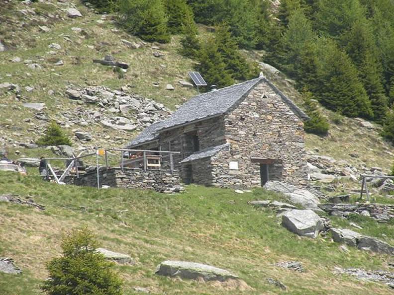 Image 1 - CLOSED: Rifugio Prou