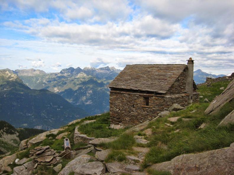 Image 0 - Rifugio Lago (Alpe di)