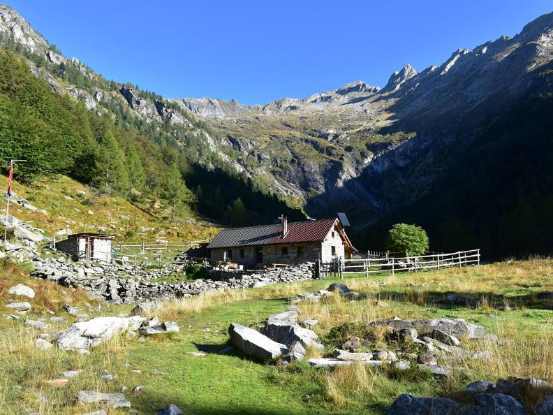 Image 1 - Mountain hut Osola