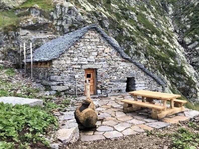 Image 0 - Alpe di Sprügh