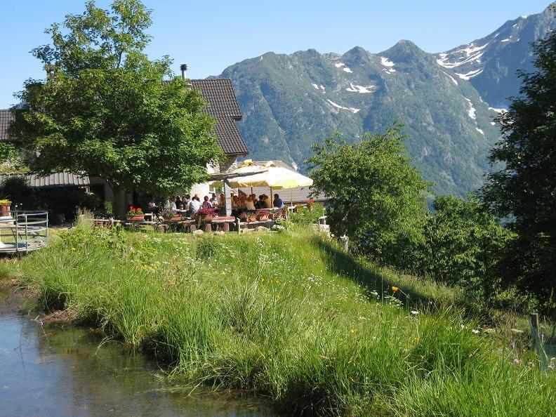 Image 2 - Cabane Alla Capanna Monte Comino