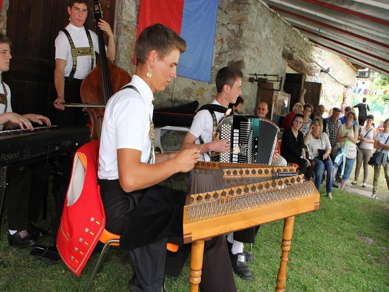 Image 1 - Festival of Swiss folk music