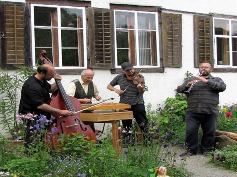 Image 2 - Festival of Swiss folk music