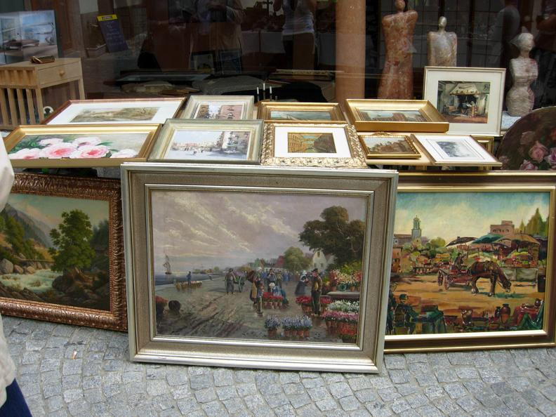 Image 4 - Antique fair