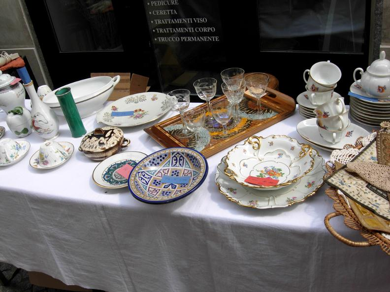 Image 7 - Antique fair