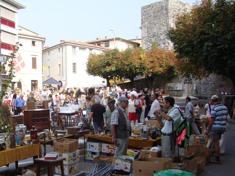 Image 10 - Antique fair
