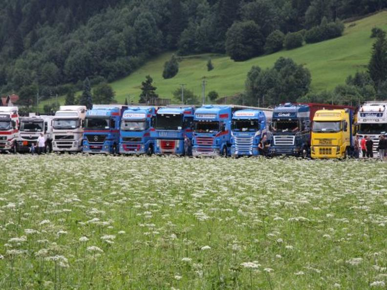 Image 0 - Raduno Truck Team Gottardo