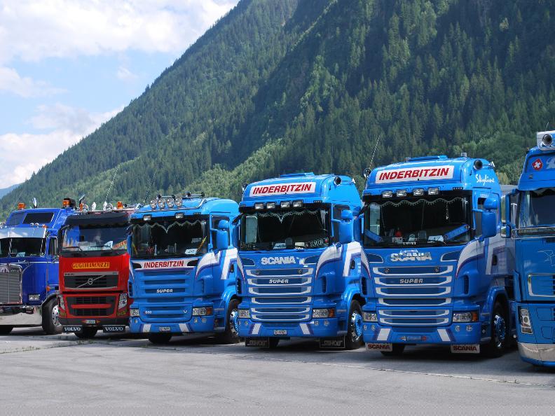 Image 3 - Raduno Truck Team Gottardo