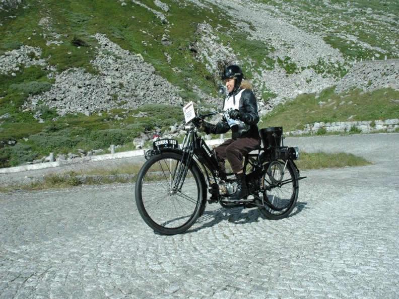 Image 2 - International meeting of vintage motorbikes