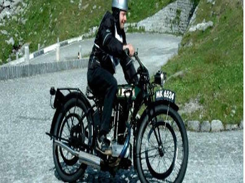 Image 0 - International meeting of vintage motorbikes