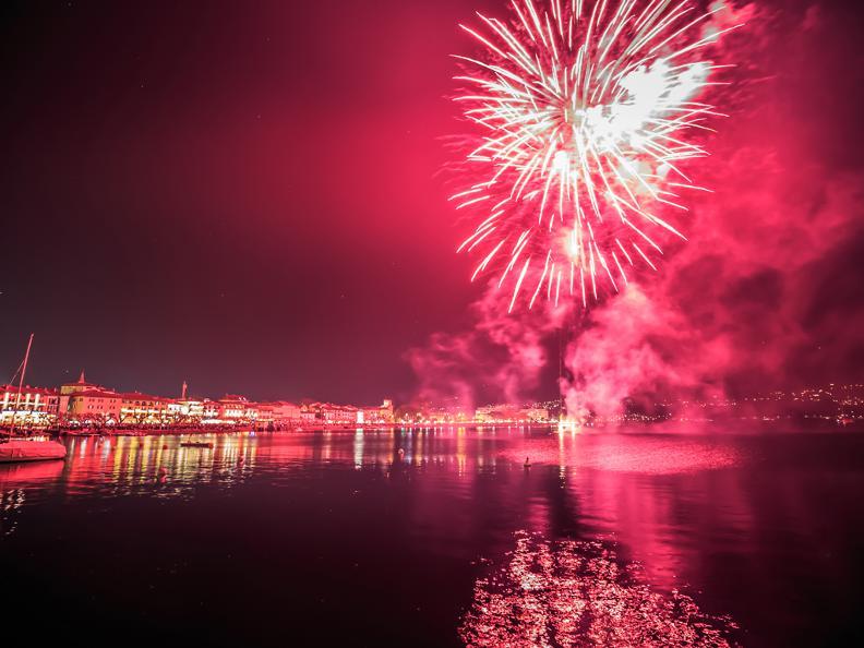 Image 2 - Fireworks Ascona