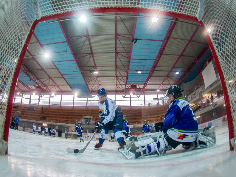 Image 1 - Internationale Eishockey Turniere San Gottardo