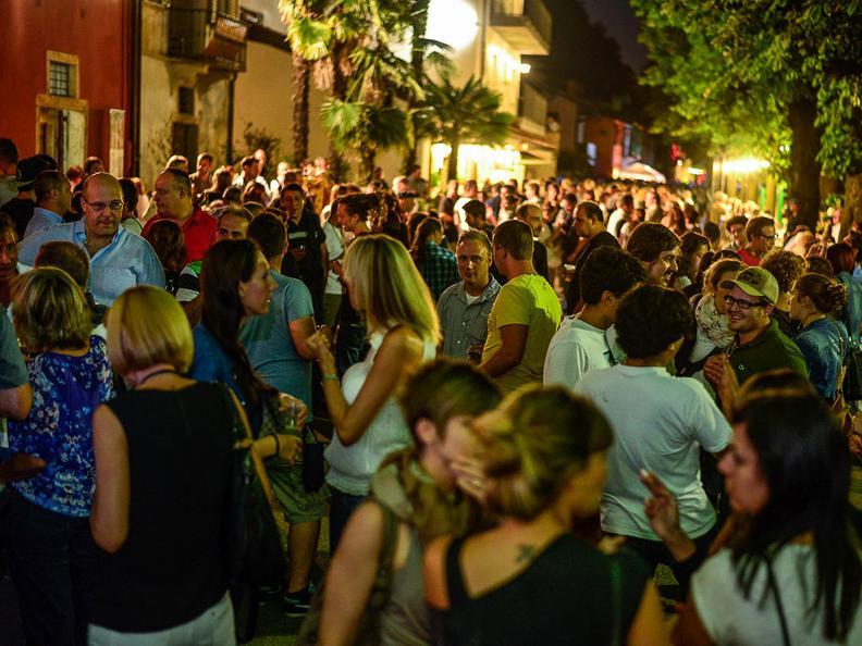 Image 1 - Il Tappo alle Cantine, wine event