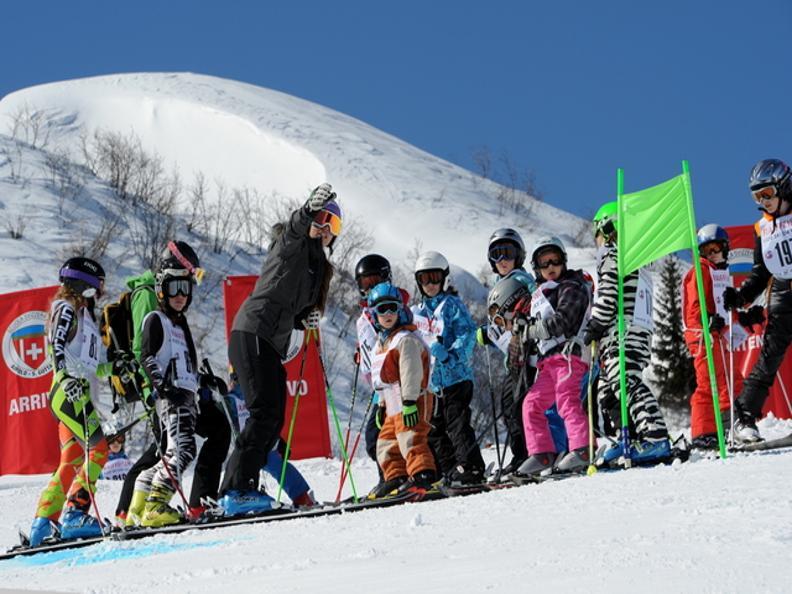 Image 0 - Raiffeisen Kids Ski Day