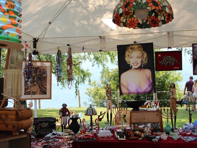 Image 2 - Vintage Market