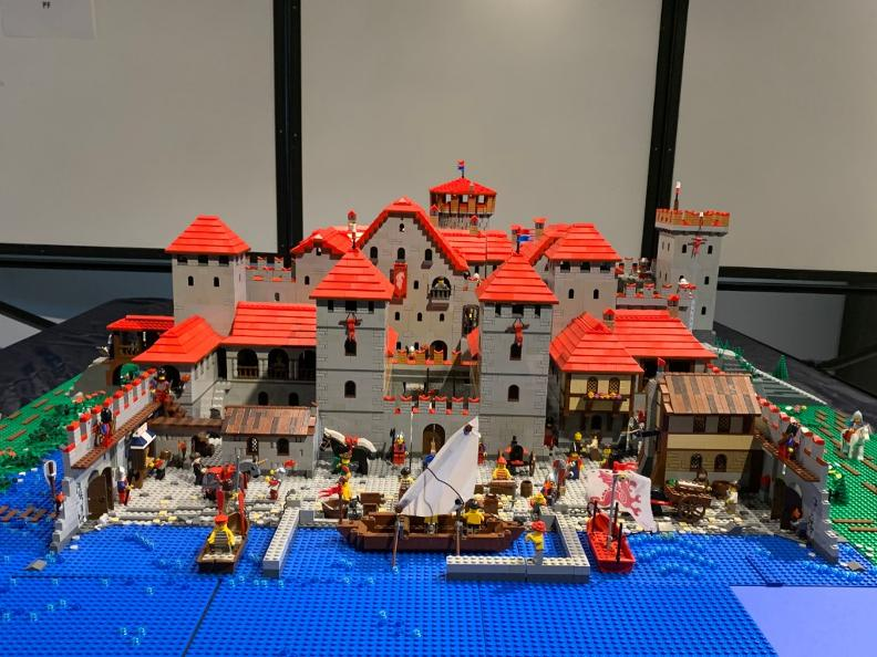 Image 4 - Swiss Castle Day