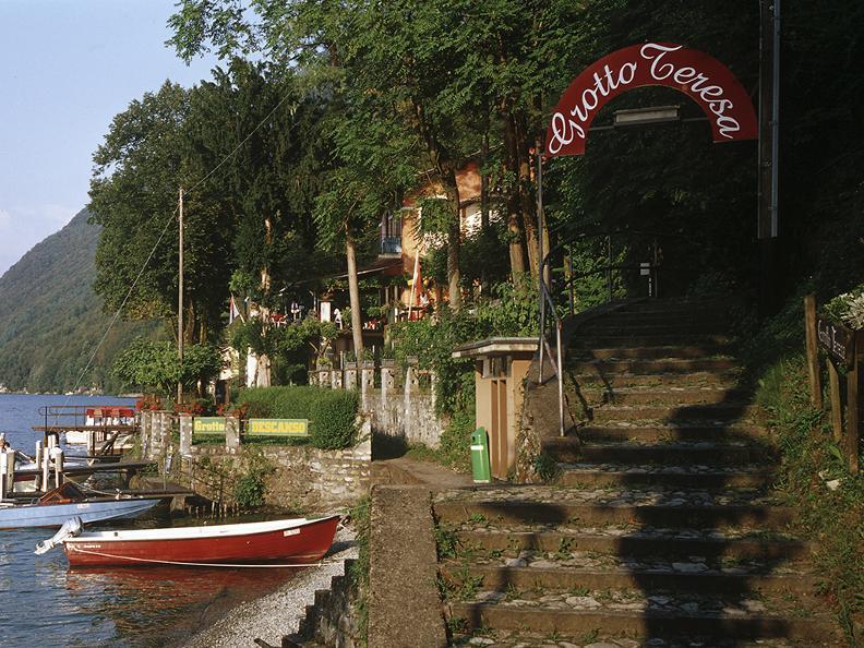 Image 3 - Grotti Tour