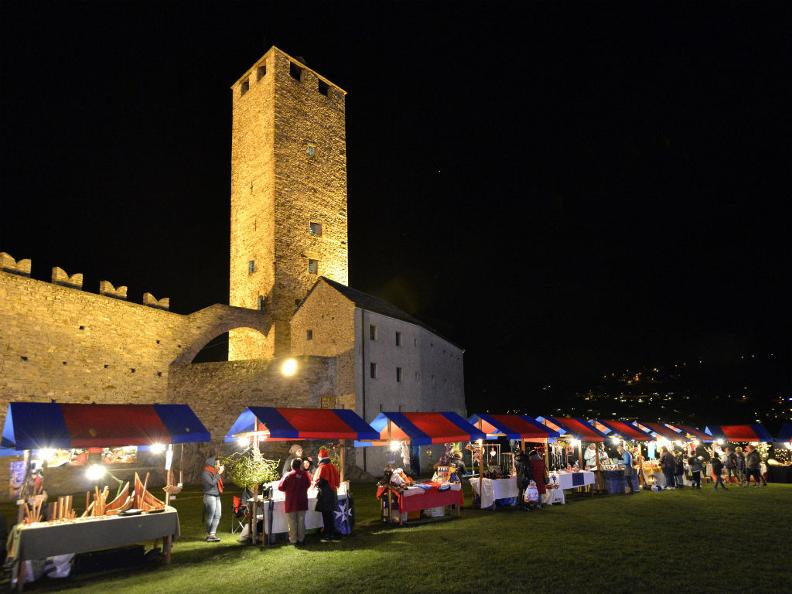 Image 0 - Christmas at Castelgrande