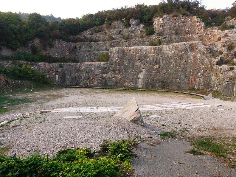 Image 9 - CAVA - Die Wiedergeburt des Steinbruchs von Arzo