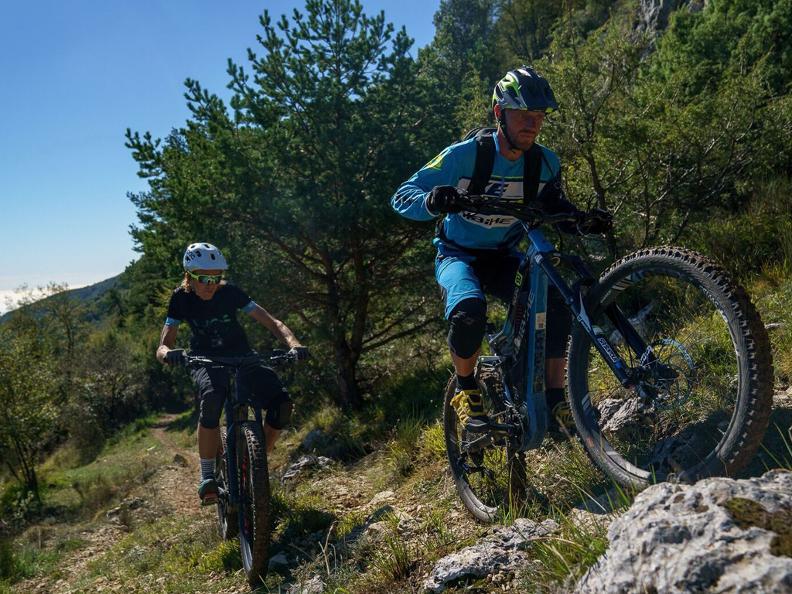Image 1 - WES - International e-Bike Series