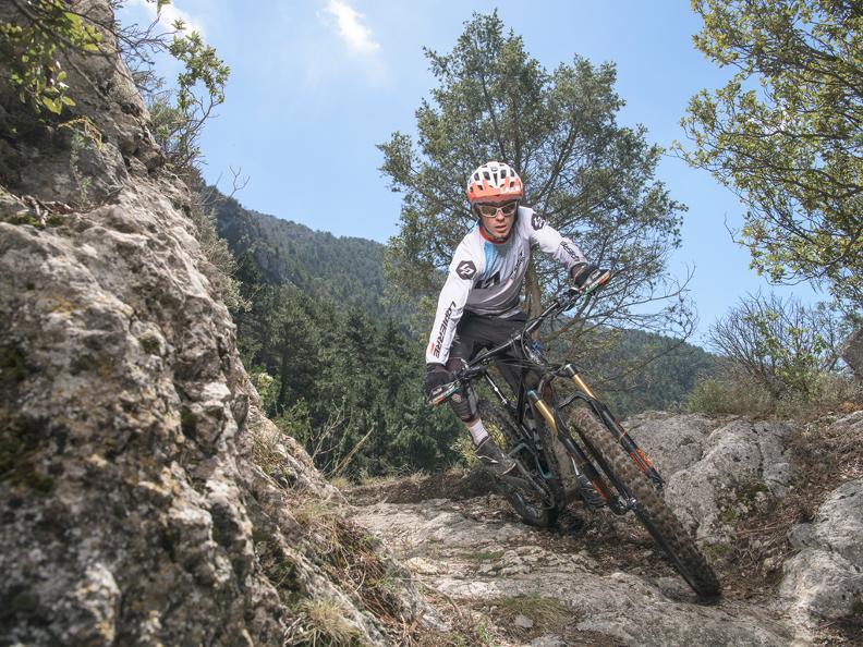 Image 2 - WES - International e-Bike Series