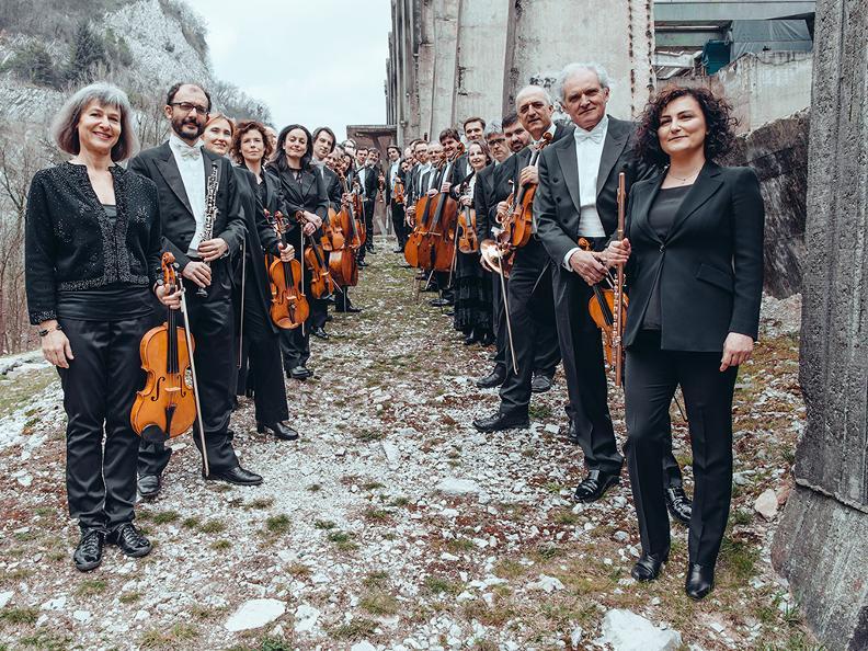 Image 1 - OSI Orchestra della Svizzera italiana