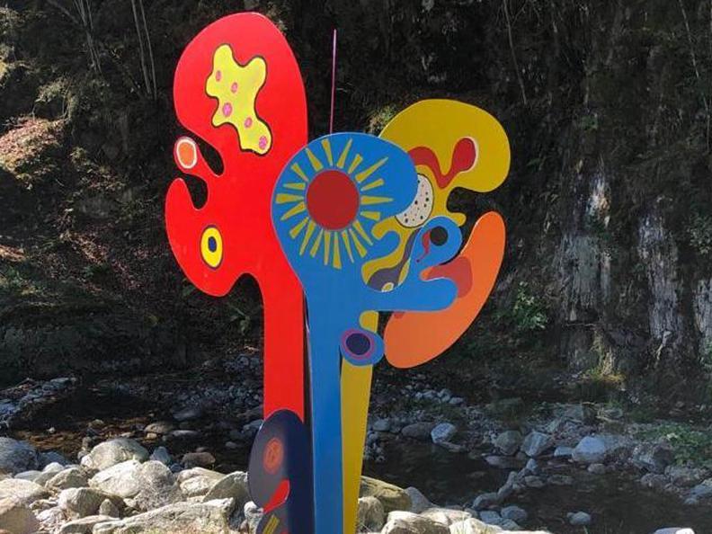 Image 2 - Sculptures and creative outdoor handicrafts 2020
