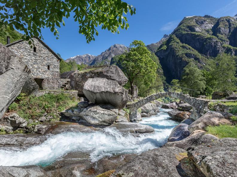 Image 5 - The Great Waterfall Skyrace - Bavona