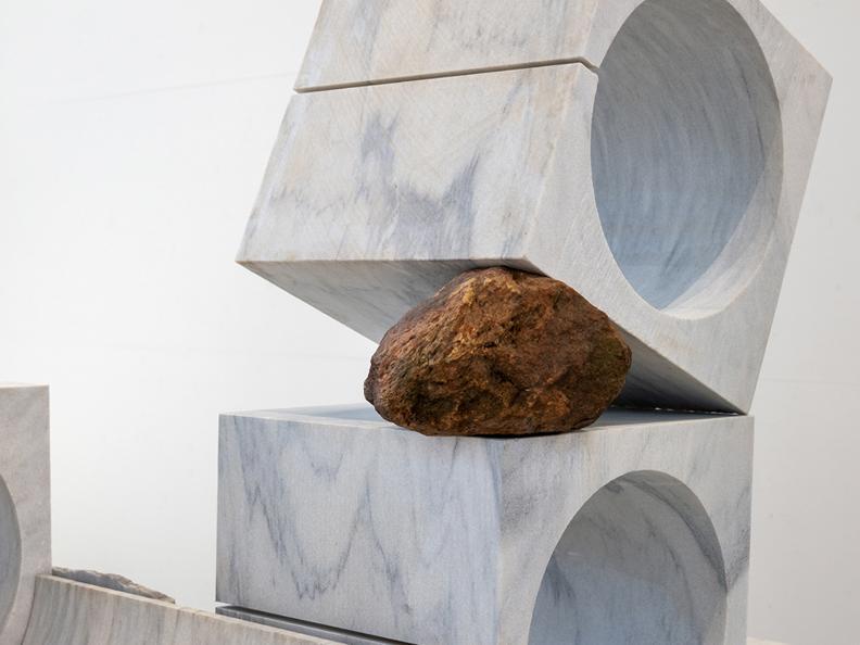 Image 3 - Esposizione Arte Jose Dávila