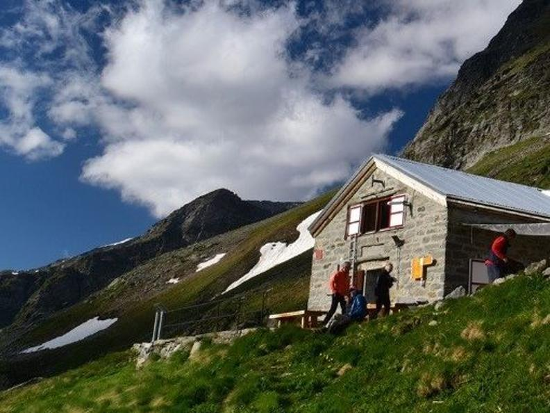 Image 1 - Group outings to the Adula accompanied by the Ticino mountain guides
