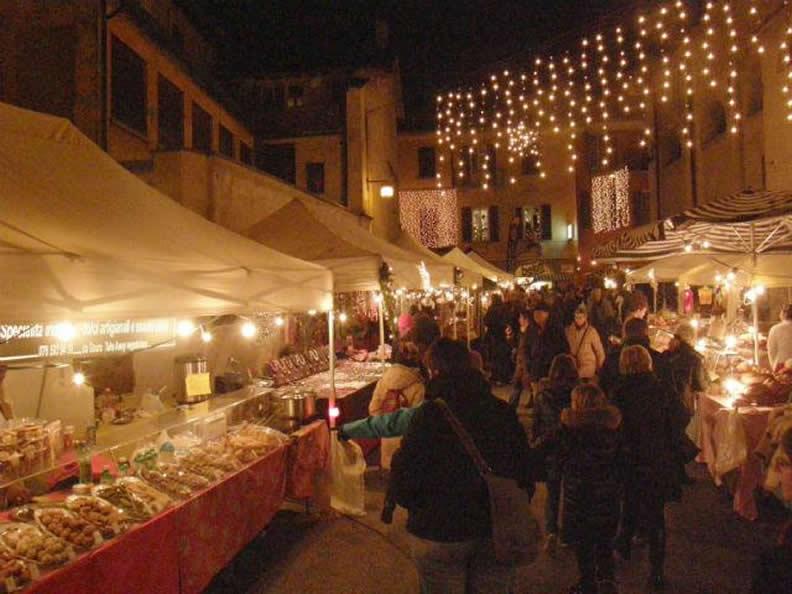 Image 2 - Christmas market Locarno