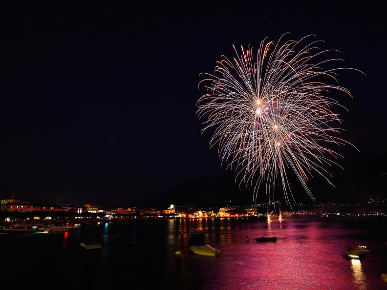 Image 0 - Feux d'artifices Ascona