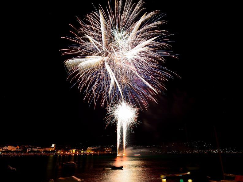 Image 1 - Feuerwerk Ascona