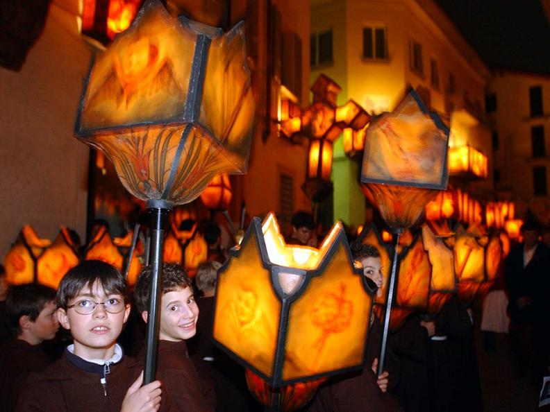 Image 10 - Mendrisio Holy week processions