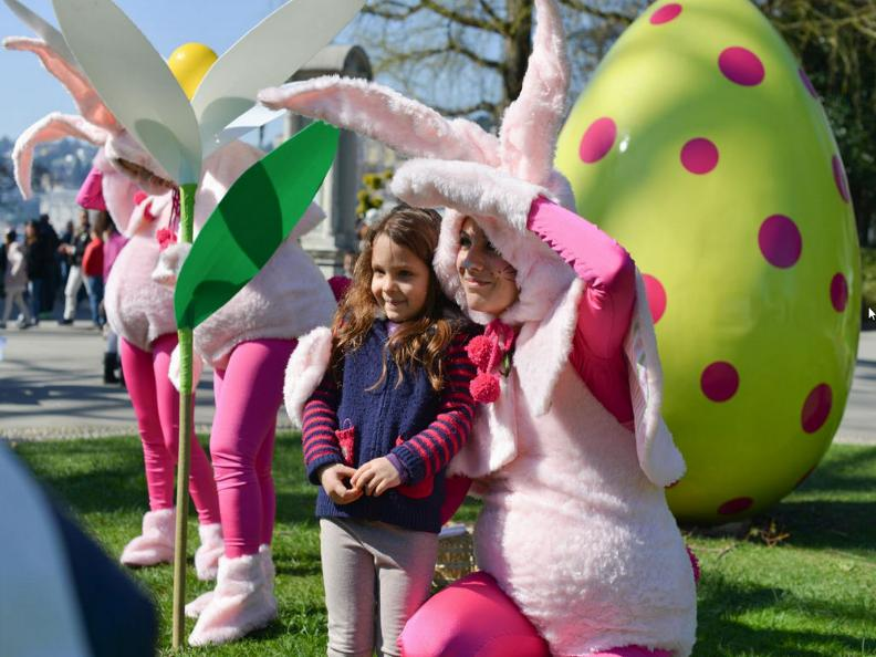 Image 2 - Easter in the city