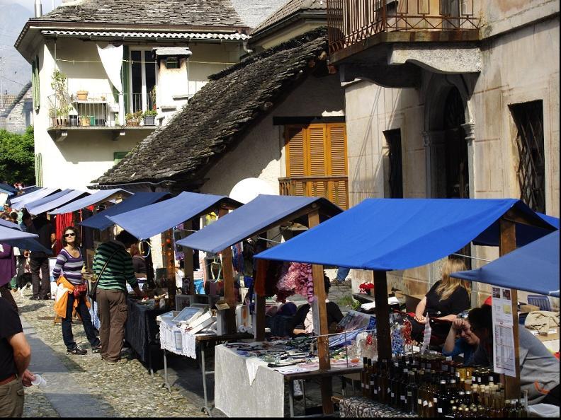 Image 0 - Mercato dell'artigianato autunnale