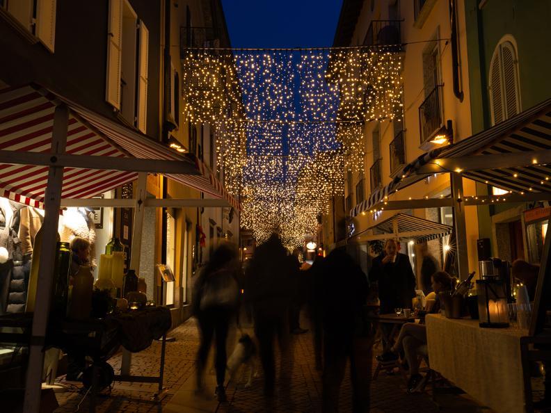 Image 2 - Weihnachtsmarkt Ascona