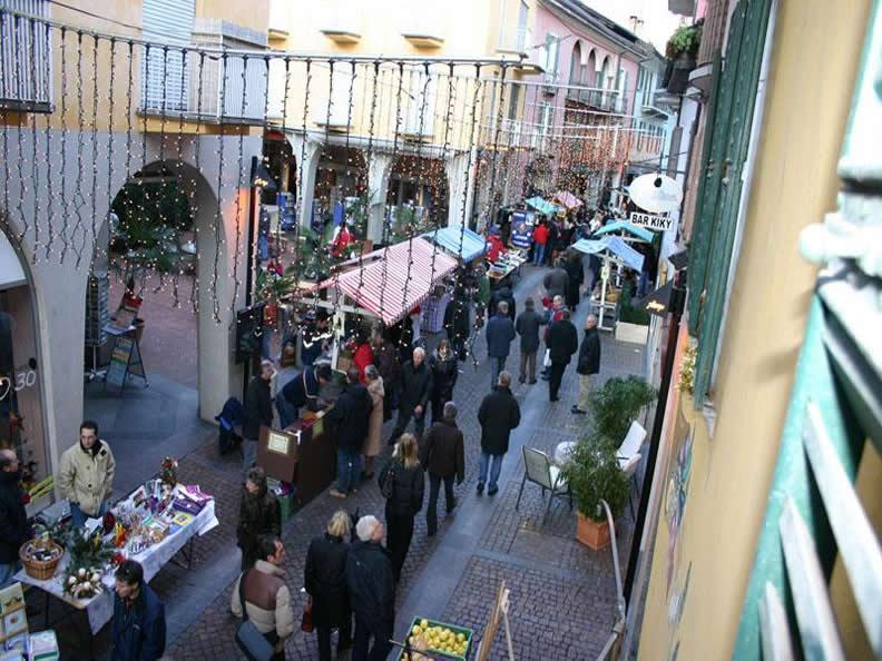 Image 0 - Weihnachtsmarkt Ascona