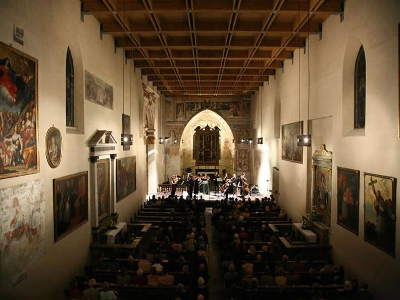 Image 0 - New Year's Concert