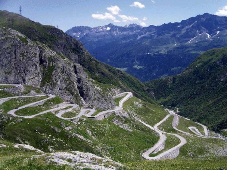 Image 3 - 38. Internationales Motorrad-Treffen der Tremola