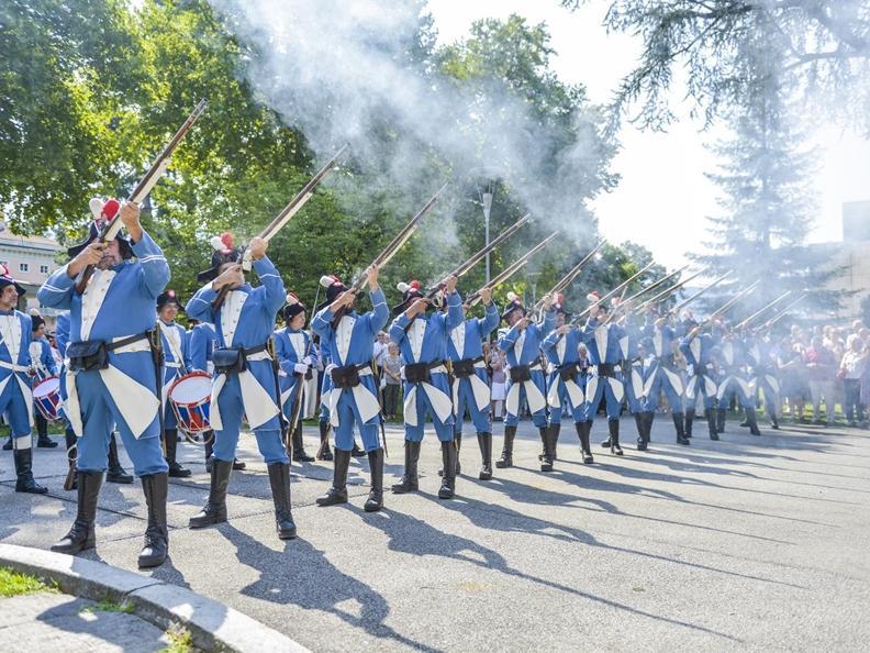 Image 1 - Festa nazionale con grande spettacolo pirotecnico