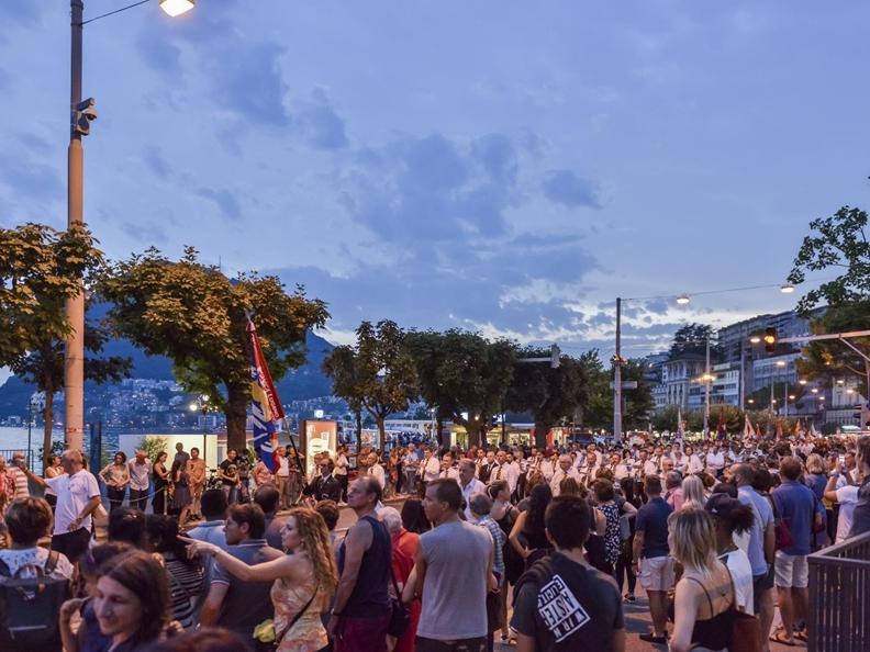 Image 2 - Festa nazionale con grande spettacolo pirotecnico