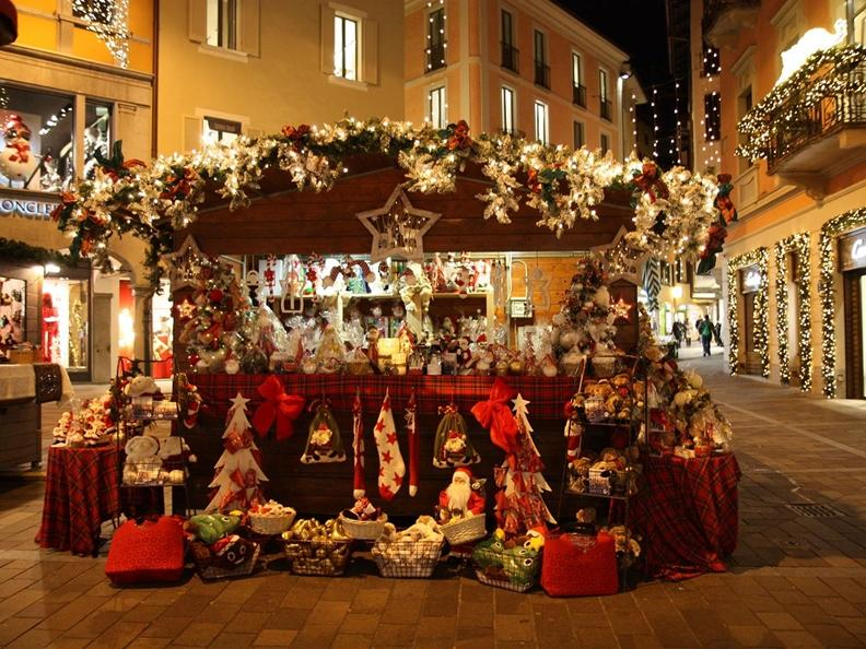 Image 2 - Christmas is in the air – Lugano City Tour