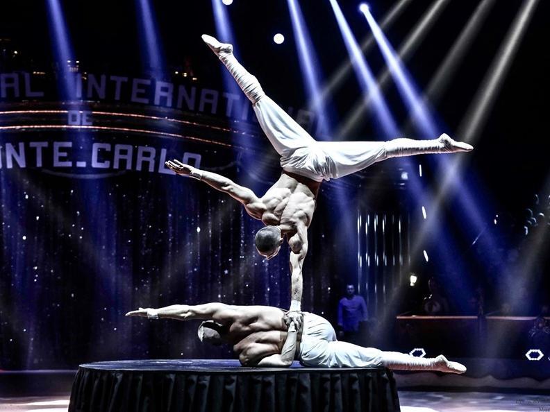 Image 2 - Circus Knie