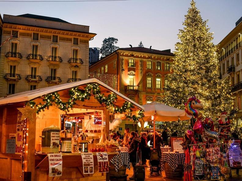 Image 0 - Christmas lights in Lugano